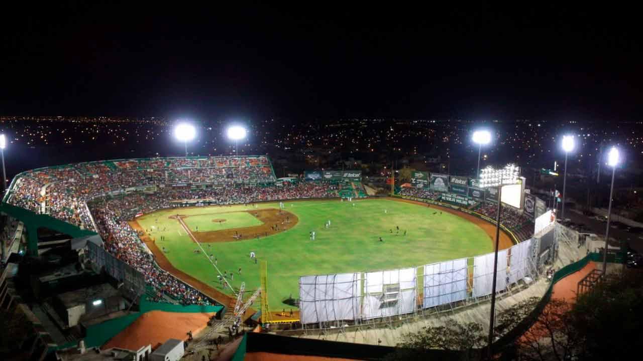 Beisbol-en-Merida-deporte-rey