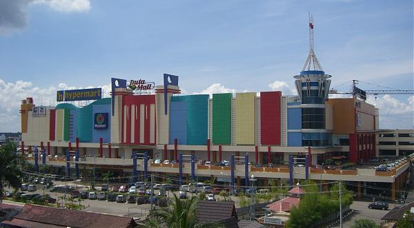 Duta Mall jalan A.Yani
