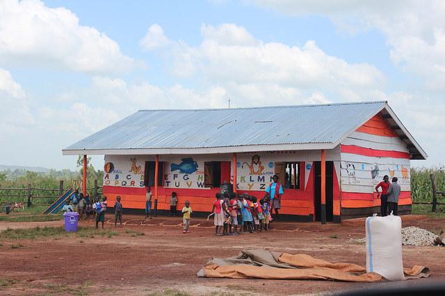 Preschool at Kiryandongo refugee settlement Uganda - December 2015. Credit: GPE/Henry Bongyereirwe / flickr