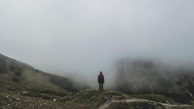 Pexels, https://pixabay.com/fr/photos/aventure-froid-brouillard-brumeux-1835353/