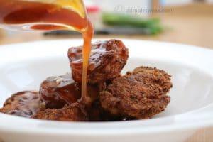 Homemade-garlic-sauce-and-chicken-bites-(General-Tso's-chicken)