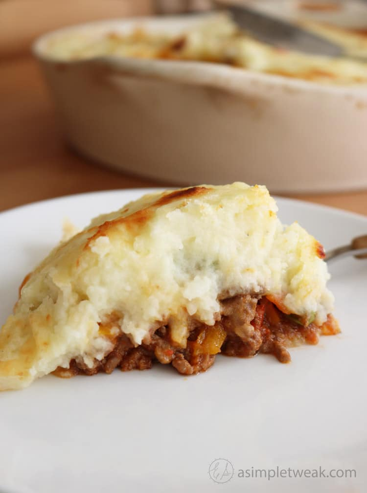 This-Shepherds-Pie-is-made-with-a-layer-of-flavorful-ground-beef,-fresh-vegetables-and-topped-with-creamy-cheesy-mashed-potato-making-it-the-ultimate-comfort-food