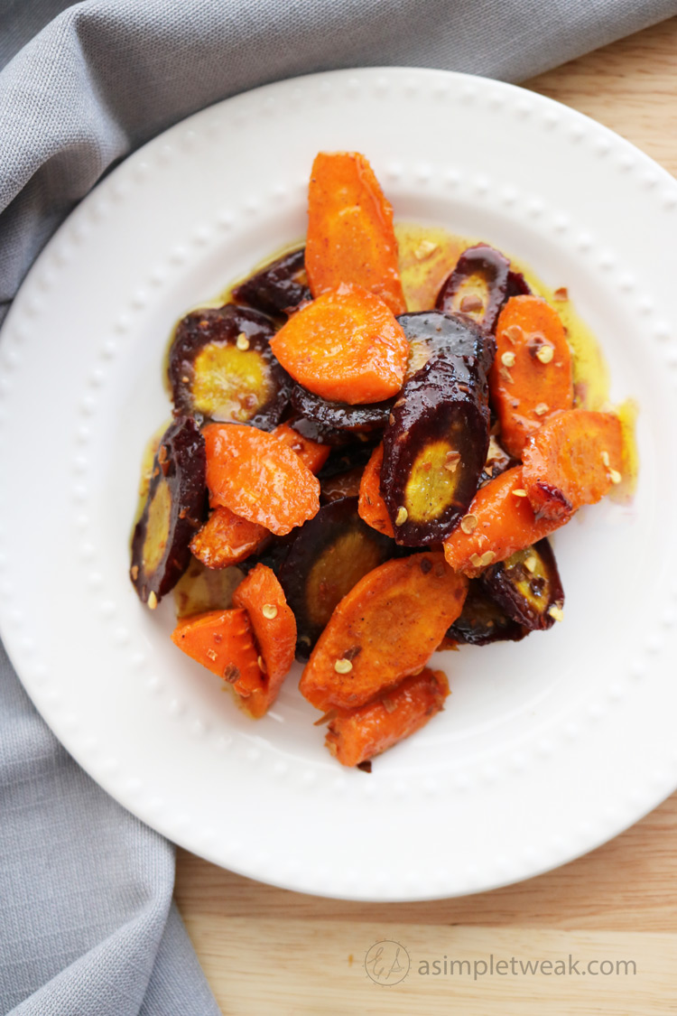 If you are looking for the best side dish to balance out your dinner, this is it :) theseroasted carrots are oven-roasted to perfection to bring out their natural sweetness.