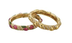 MUS1009 MUS1011_BVLGARI HERITAGE COLLECTION_Naturalia Flora bracelets in gold and diamonds, and gold and colored gemstones ca 1992