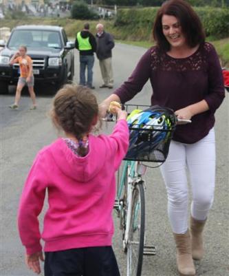 Renata & Eamonn's Fun Run Walk Cycle 5-10-14 (177)