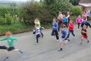 Renata & Eamonn's Fun Run Walk Cycle 5-10-14 (85)