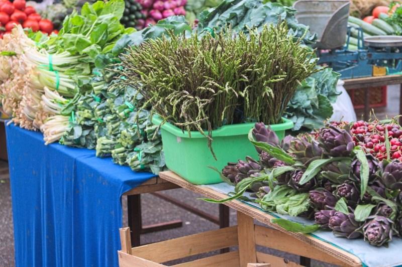Green asparagus & artichokes