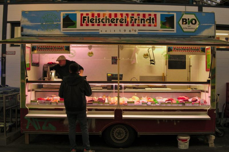 Mr. Frindt's trailer - the high quality butcher