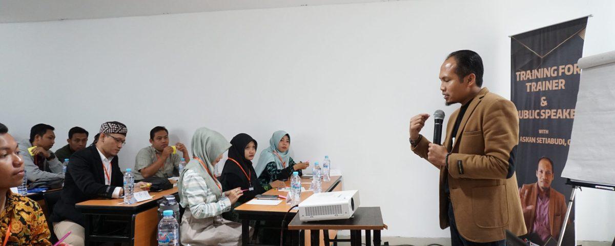 public speaking Indonesia, public speaking training, public speaking concept, public speaking dasar, contoh materi public speaking, materi public speaking pdf, bahan materi public speaking, contoh materi public speaking, materi public speaking training, materi tentang public speaking