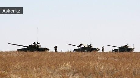 Танки на военном полигоне