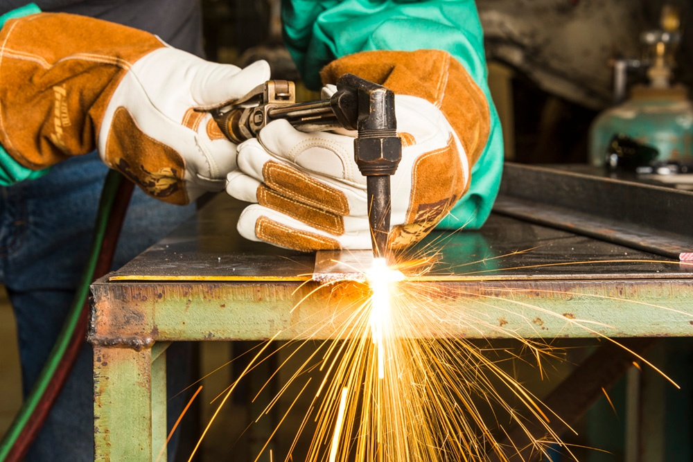 Oxy Acetylene Welding With Forney Signature Welding Gloves