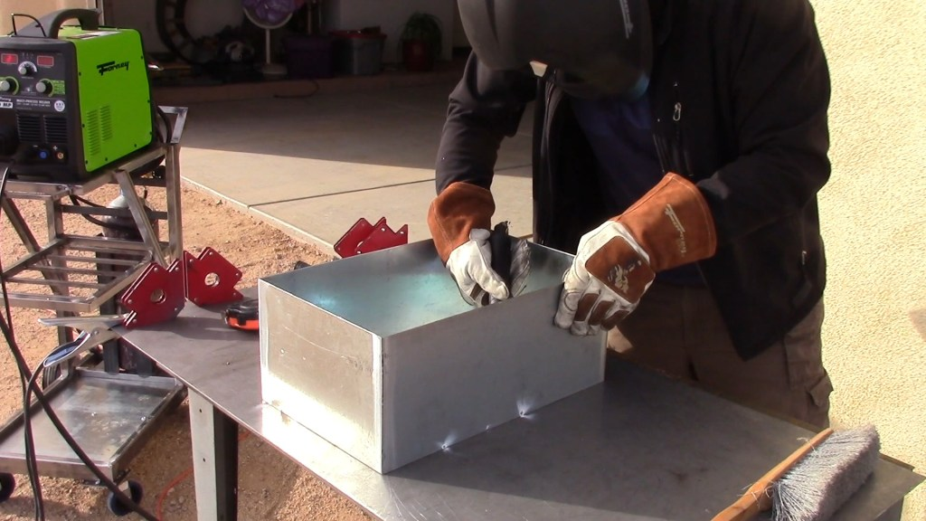 create a tool box out of galvanized steel