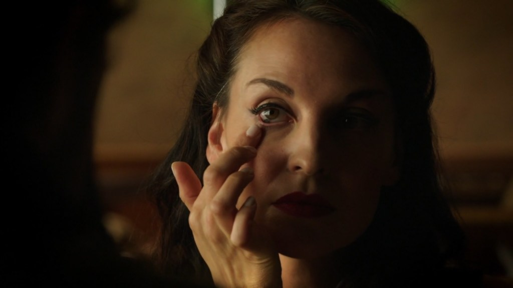 Aife in Lost Girl 4x01