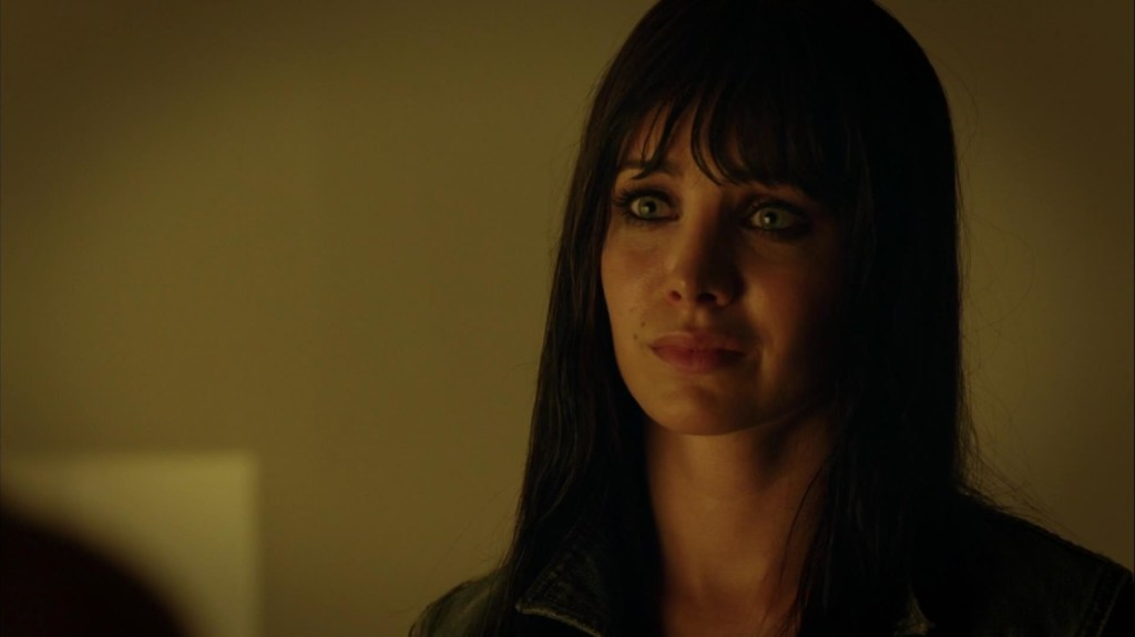 Kenzi in Lost Girl 4x04