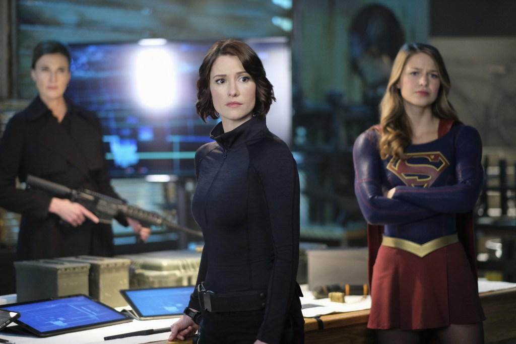 Alex Danvers Supergirl and Lillian Luthor in Supergirl 2x21