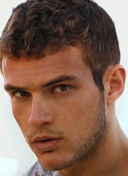 Stylish Men Short Hairstyles