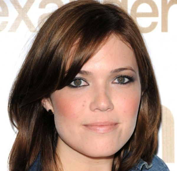 Funky Mandy Moore Short Hairstyles Straight Layered Hair