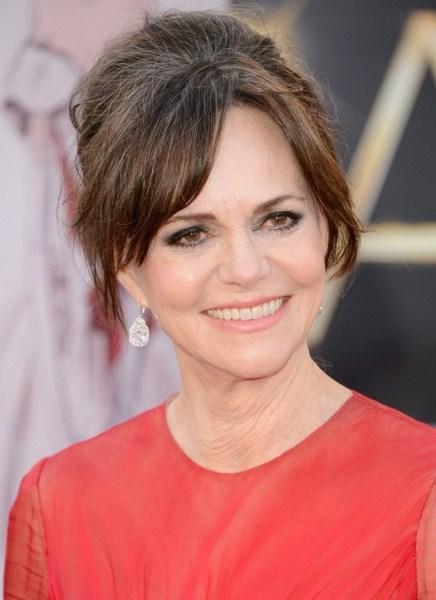 Classy Hairstyles For Older Women