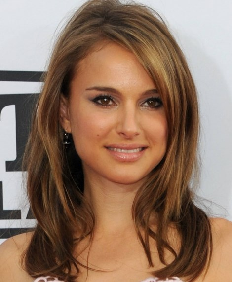 Medium Length Hairstyles For Thick Hair With Side Bangs 13