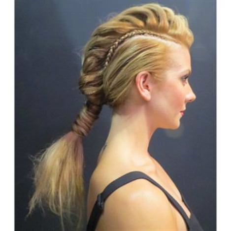 20 Sporty Hairstyles For Women