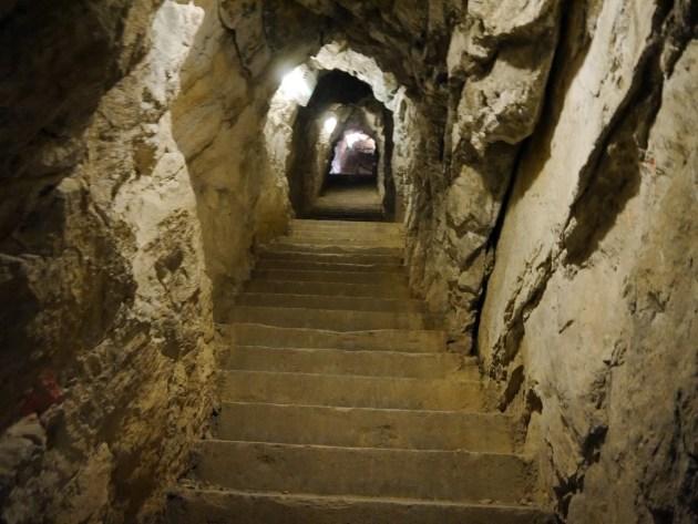 пещеры Франции