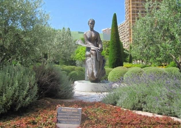 Принцесса Грейс. Скульптура в Монако