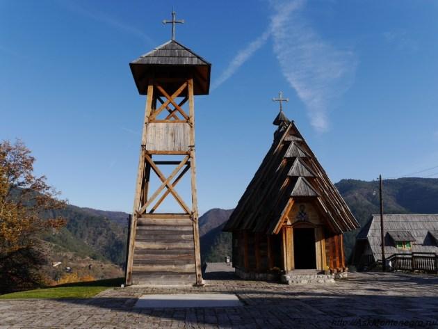 cerkva-savva-derevnya-kusturicy-serbia