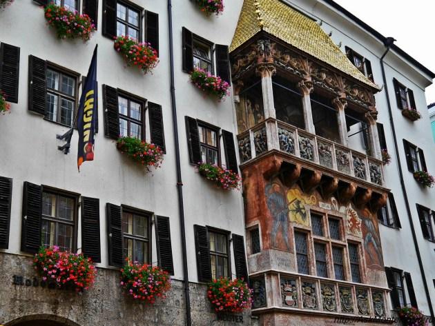 Дом с золотой крышей Австрия