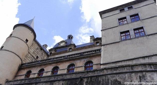 Старый замок в долине Франция
