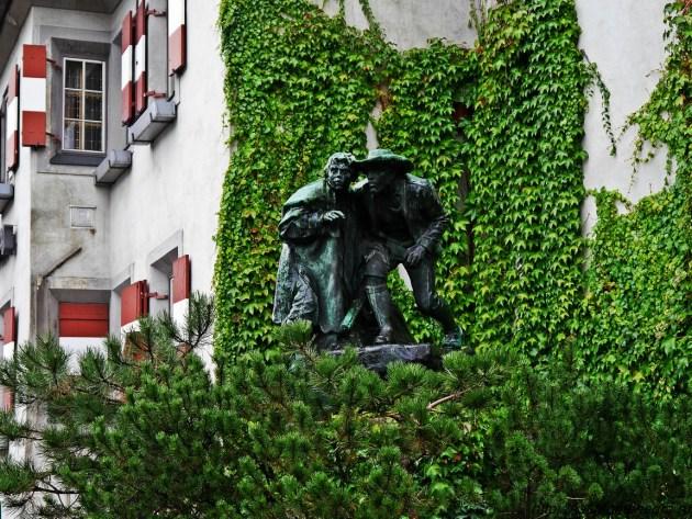 памятник отцу и сыну Инсбрук