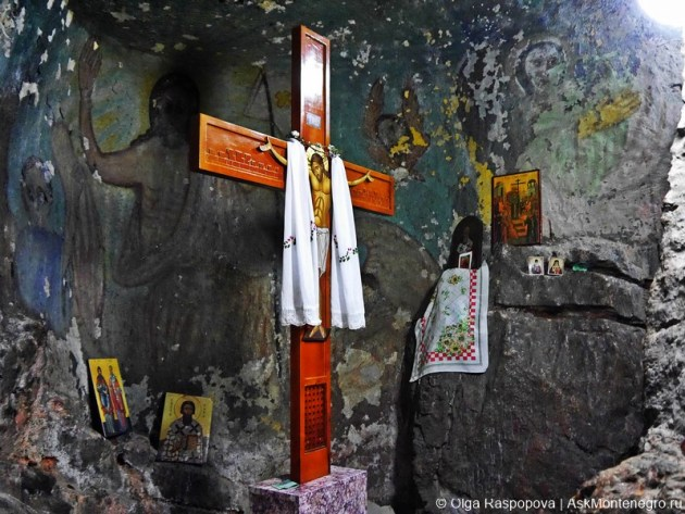 Монастырь Дайбабе туры Черногория