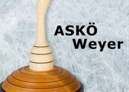 Schriftzug ASKOE Weyer mit Eisstock
