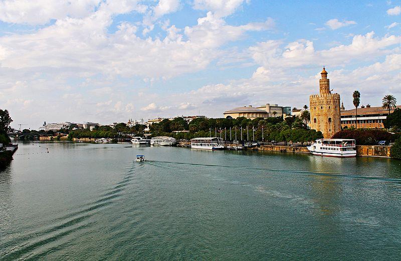 Torre_del_Oro_and_River_Guadalquivir_en_Seville