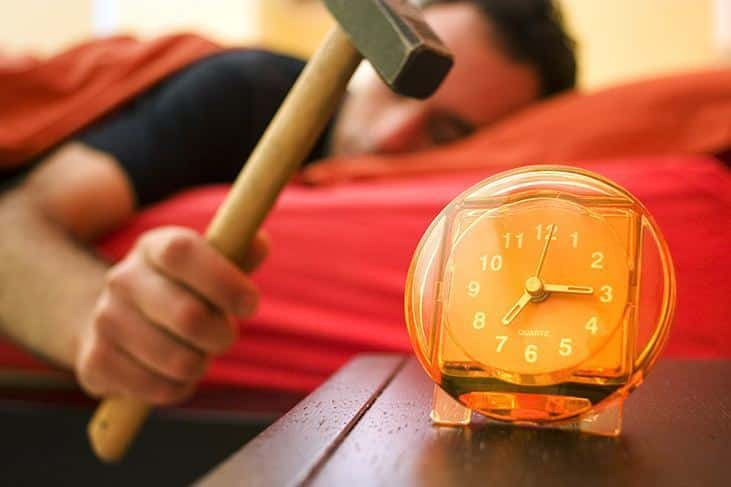 best-alarm-clock-for-heavy-sleepers-why-are-you-a-heavy-sleeper