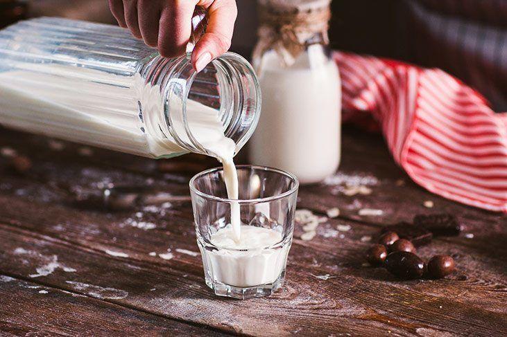falling-asleep-before-eating-milk