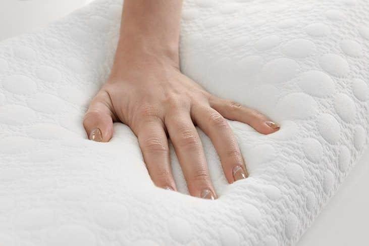 best-memory-foam-pillow-Material