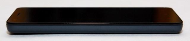 Xiaomi Redmi 2 - Left side