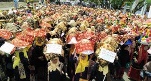 Ribuan Orang Makan Bajamba di Batusangka, dalam Festival Pesona Budaya Minangkabau