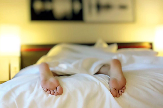 Mattress Reviews for Stomach Sleepers