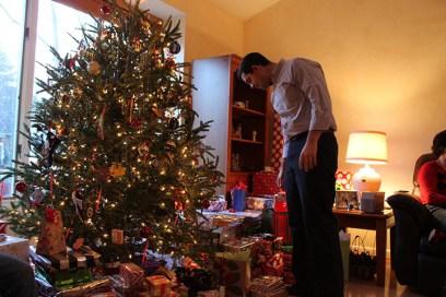 Matt picking gift
