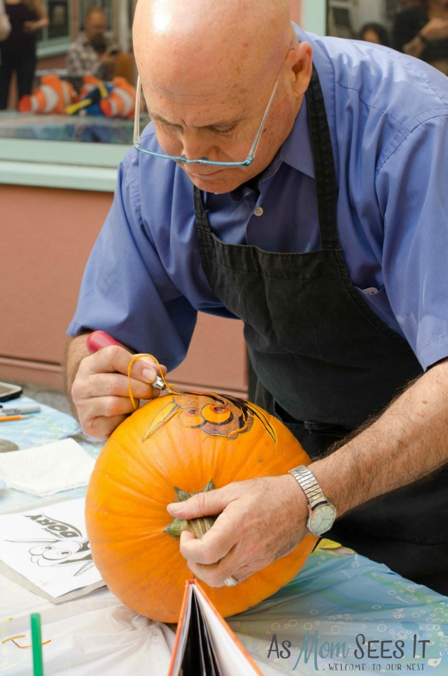 Learning to carve a Finding Dory Pumpkin with master carver, Joseph Yakovetic
