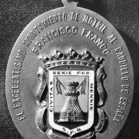 Asociaciones memorialistas de Granada critican que el Ayuntamiento de Motril mantenga la medalla de oro de la ciudad a Franco