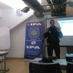 Asociación Poilicias y Ayuntmaiento A Coruña