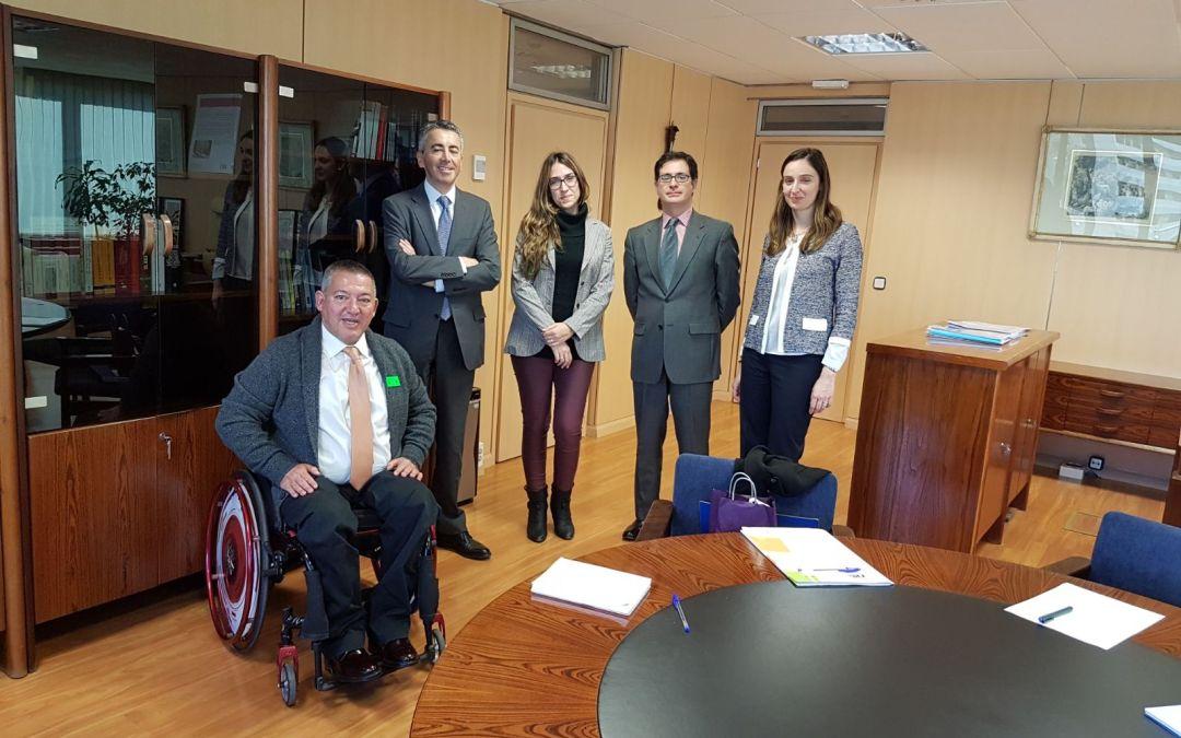 Asociación DIA se reúne con la Dirección General de Seguros