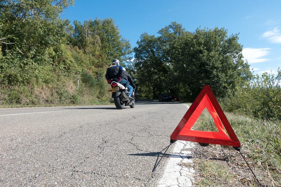 La Administración debe recoger las quejas sobre carreteras peligrosas