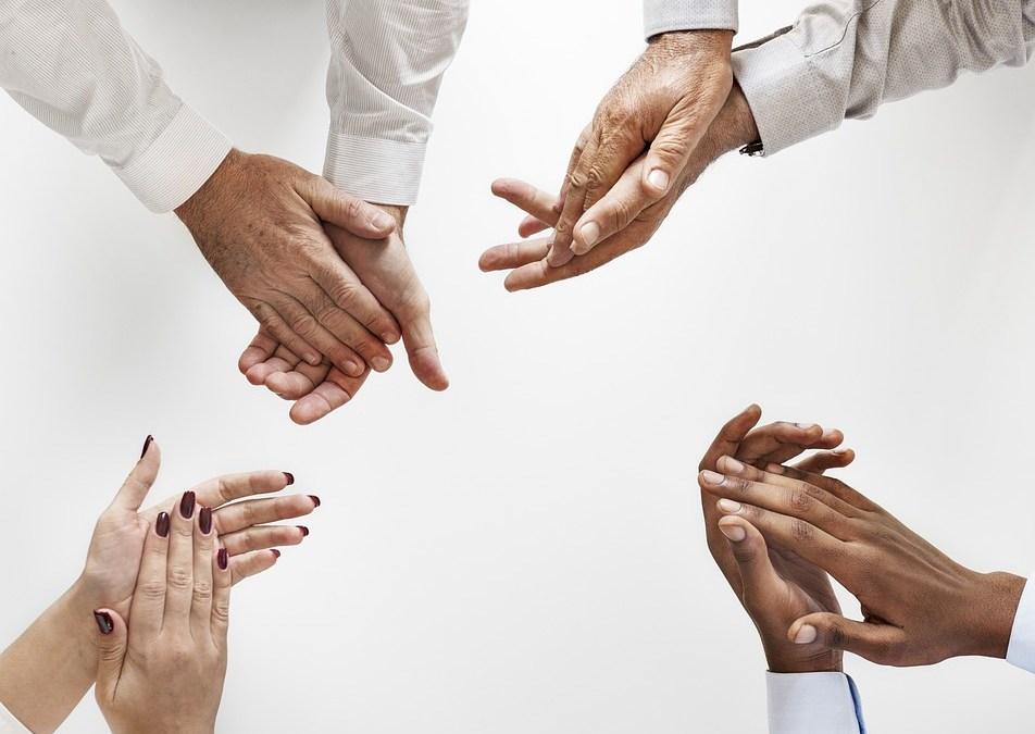 El contrato de seguro ya no podrá discriminar a personas con VIH/SIDA
