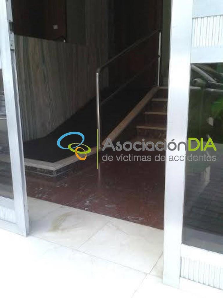 https://asociaciondia.org/wp-content/uploads/2018/10/rampa-entrada-edificio-3.jpg