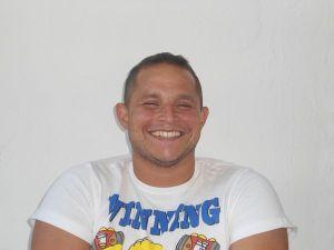 Foto del secretario de la asociación Aarón Muñiz