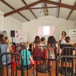 Mujeres reunidas en la presentación del VI foro andaluz de grupos de apoyo a la latancia materna