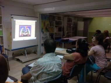 cursos reiki madrid, asociación reiki madrid, explicando reiki en pareja